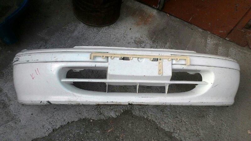 Бампер Nissan March К11 CG10DE передний