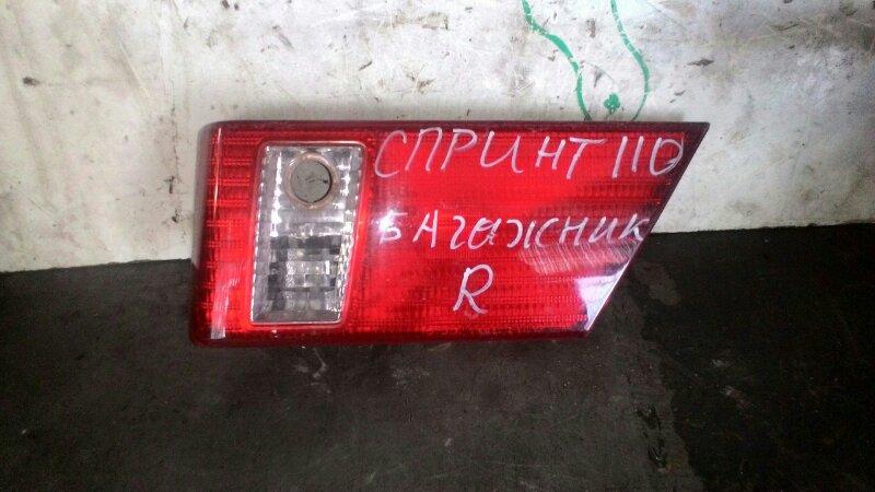 Вставка в крышку багажника Toyota Sprinter AE110 задняя правая