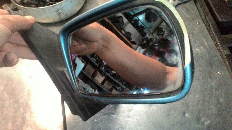 Зеркало Toyota Vitz NCF10 переднее правое
