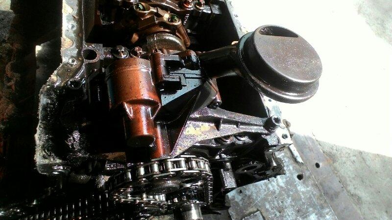 Масляный насос Mercedes-Benz E-Class W210 M112 E2 4