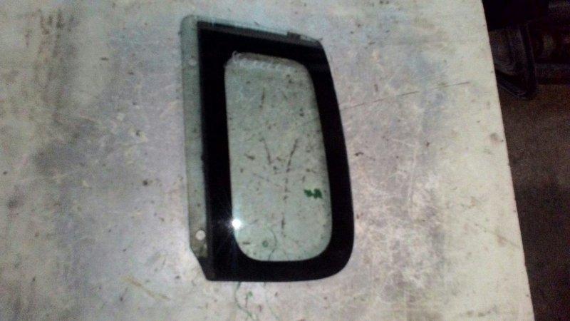 Стекло собачника Mazda Demio DW5W B5 заднее левое
