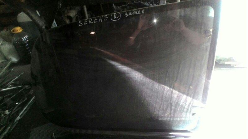 Стекло собачника Nissan Serena C23 CD20 заднее правое