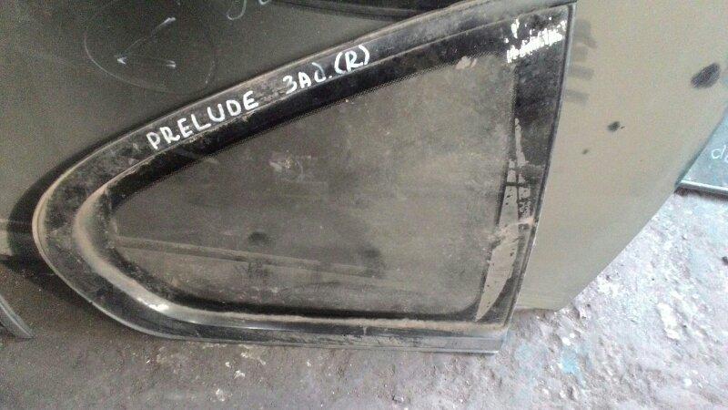 Стекло собачника Honda Prelude BB4 H22A заднее правое