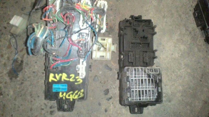 Блок предохранителей Mitsubishi Rvr N23W 4G63