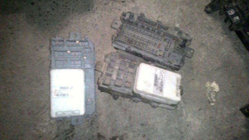 Блок предохранителей Honda Civic EК3 D15B