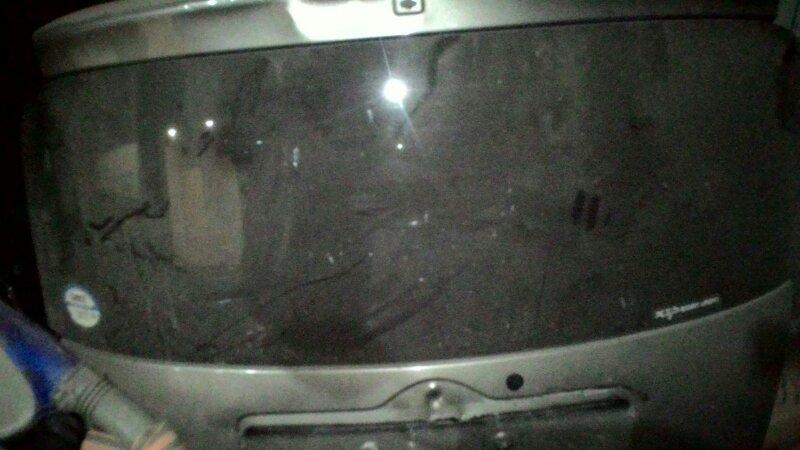 Стекло двери задней Toyota Ractis NCP100 1NZ-FE