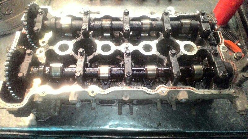 Головка блока цилиндров Nissan Bluebird EU14 SR 20DE