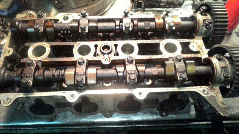 Головка блока цилиндров Mazda Capella GF8P FSDE