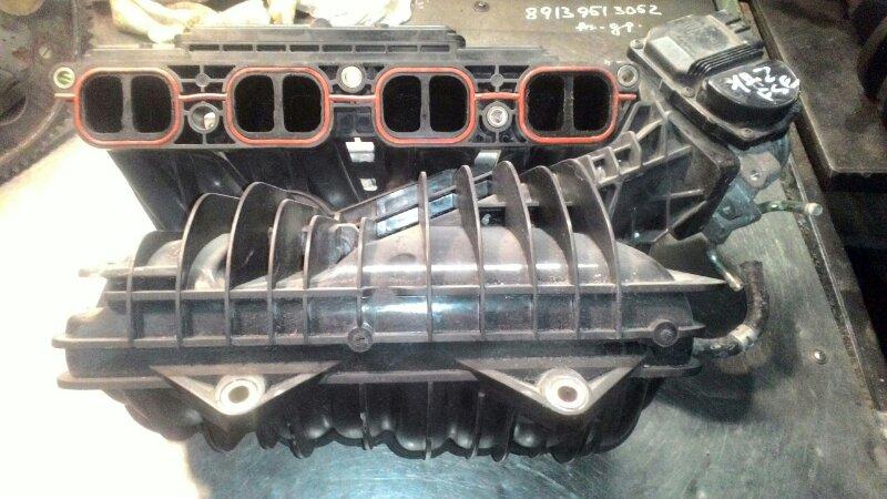 Коллектор впускной Toyota Noah AZR60 1AZFSE