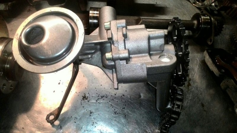 Масляный насос Volkswagen Polo 6N1 AKV