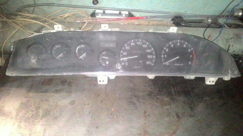 Щиток приборов Toyota Sprinter AE95
