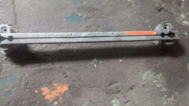 Усилитель бампера Nissan Liberty PM12 SR 20DE передний