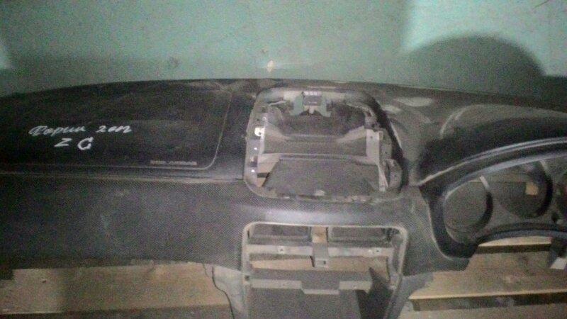 Панель салона Subaru Forester SG5