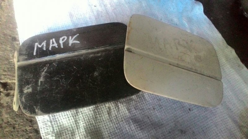 Лючек топливного бака Toyota Mark Ii GX90 1G-FE