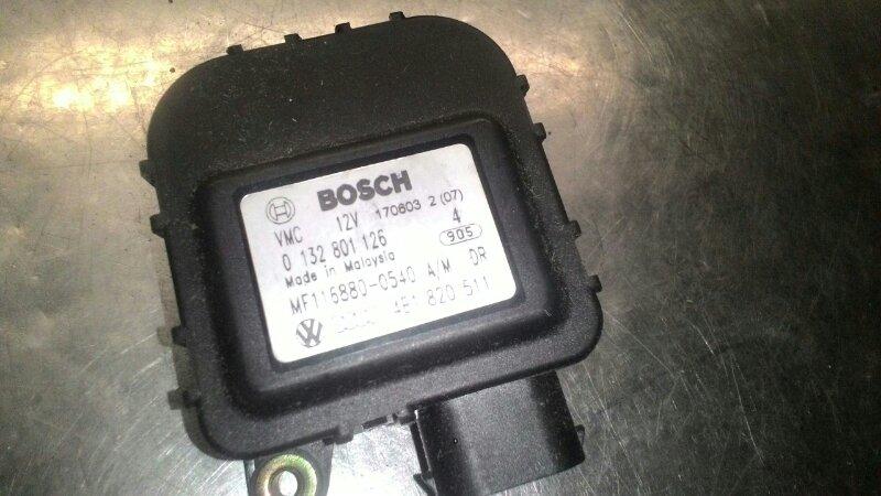 Сервопривод заслонок печки Audi