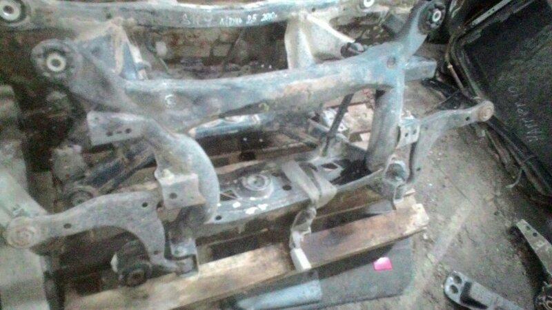 Балка задняя Toyota Alteza GXE10 1GFE задняя
