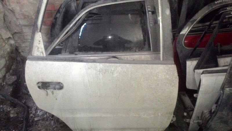Дверь боковая Honda Odyssey RA4 F23A задняя правая