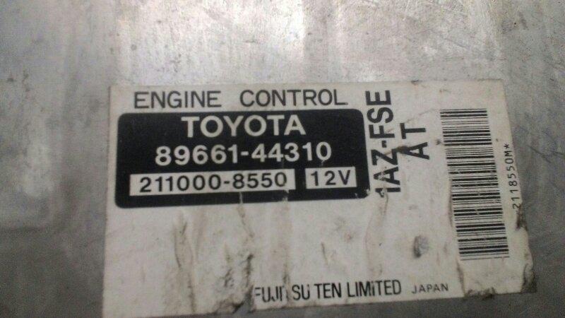 Блок управления двс Toyota Noah AZR60 1AZFSE