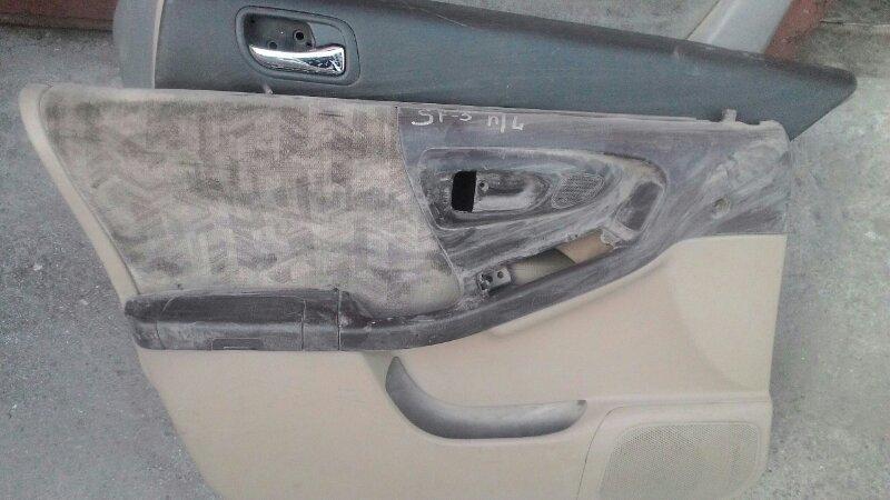 Обшивка двери Subaru Forester SF5 передняя левая
