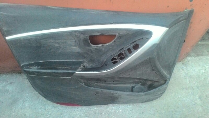 Обшивка двери Hyundai Sonata Y3 G4CP передняя левая