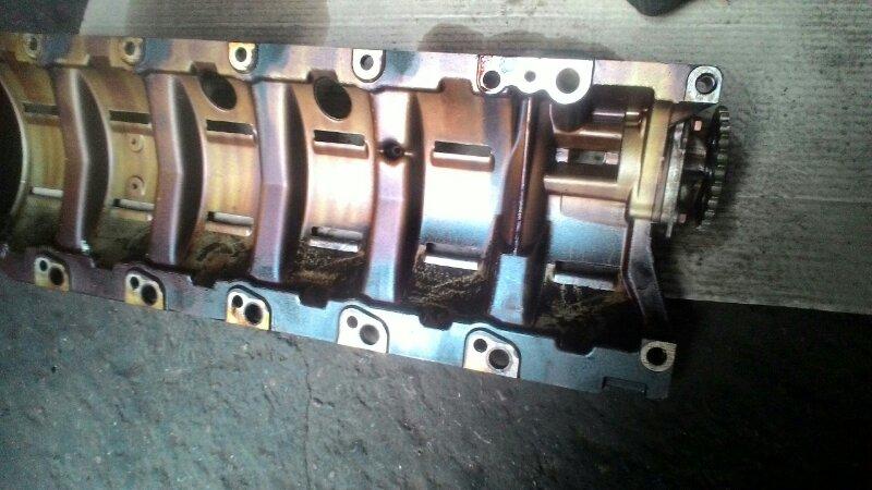 Масляный насос Bmw 5-Series E39 M52TUB25