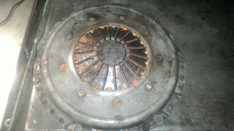 Корзина сцепления Volkswagen Passat B5 APT