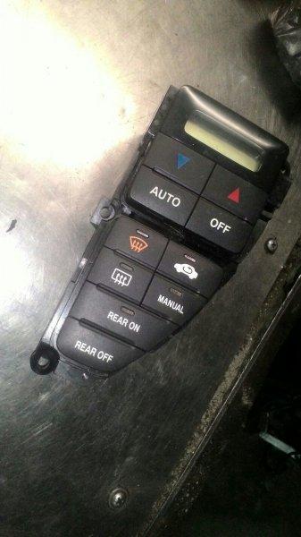 Блок управления климат-контролем Honda Odyssey RA6 F23A