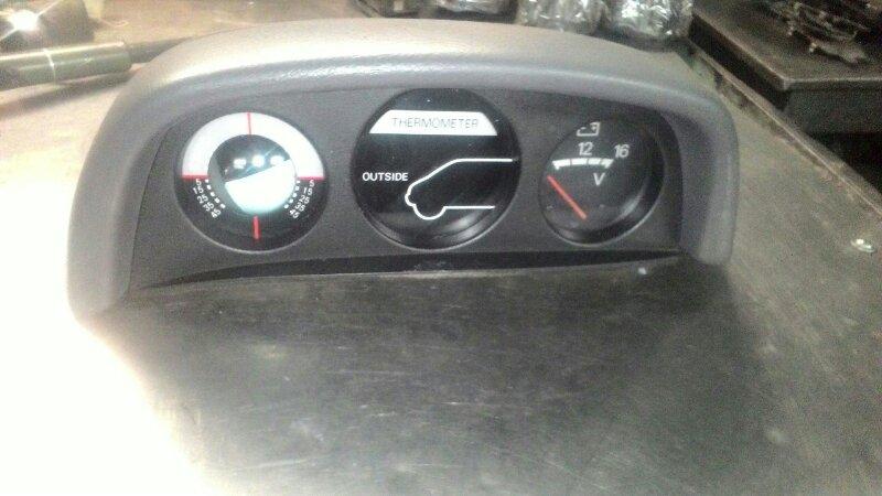 Консоль панели приборов Mitsubishi Delica PD6W