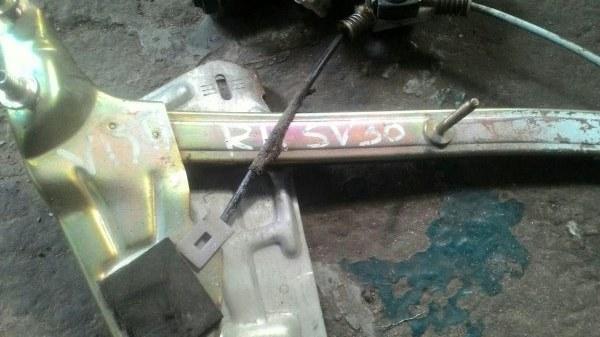 Стеклоподъемный механизм Toyota Vista SV30 3S FE задний правый