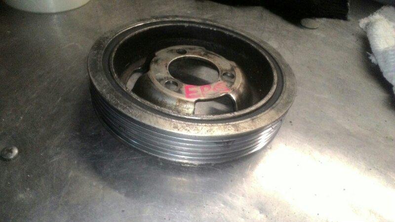 Шкив коленвала Peugeot 308 4A EP6