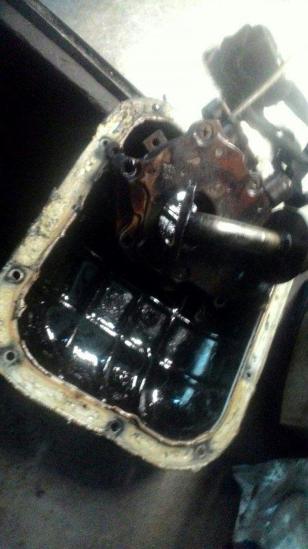 Поддон двигателя Nissan Teana J31 VQ23DE