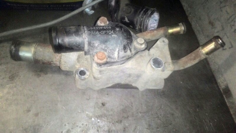 Корпус термостата Nissan Primera Р12 QG18DE