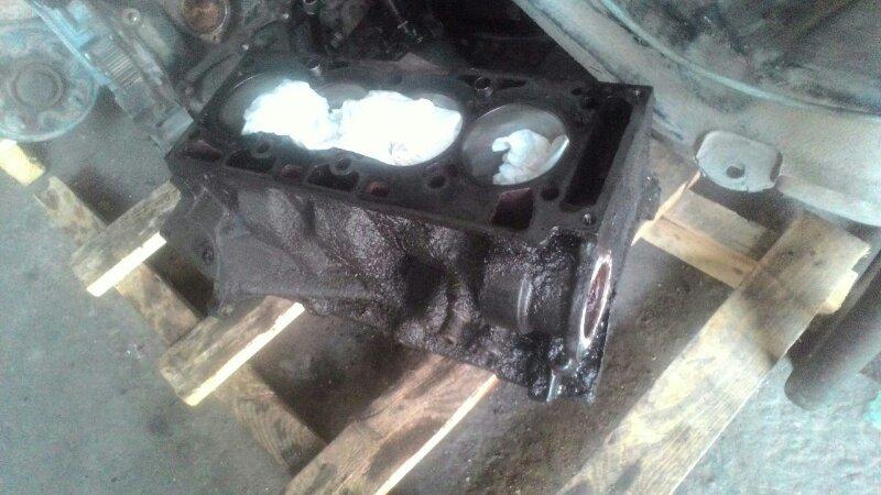 Блок цилиндров Ford Focus 1 CDDA ROCAM