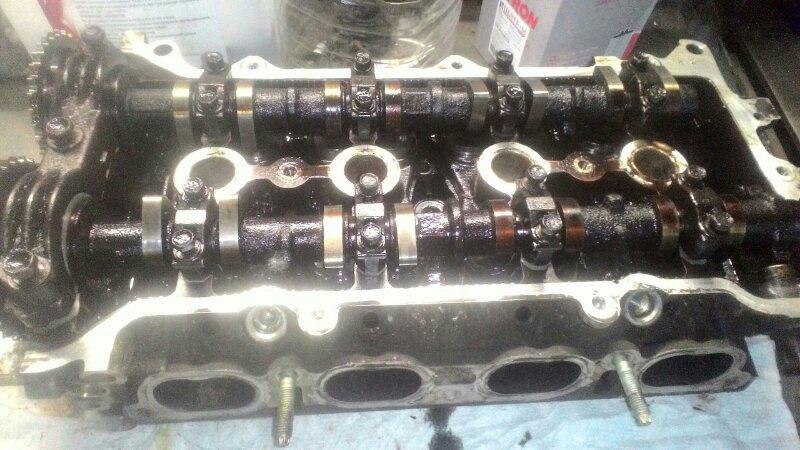 Головка блока цилиндров Toyota Allion ZZT 240 1ZZ-FE