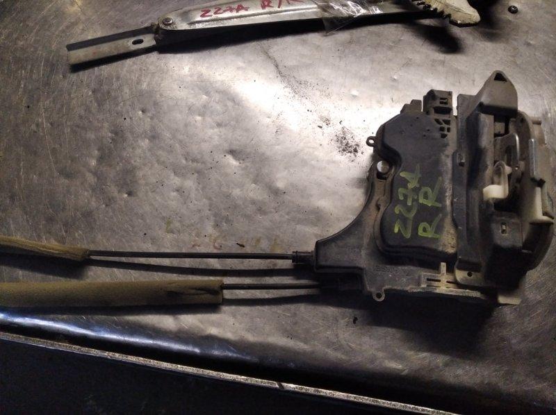 Замок двери Mitsubishi Colt Z25A 4G19 задний правый
