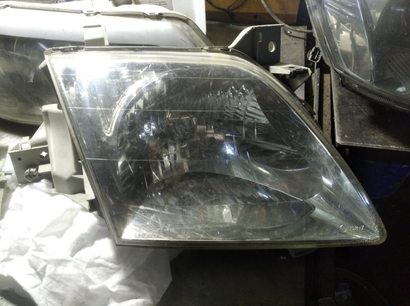 Фара Mazda Mpv LW3W L3VE передняя правая