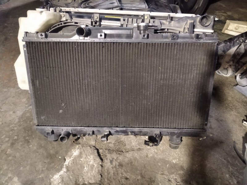 Радиатор двс Toyota Carina AT190 7AFE