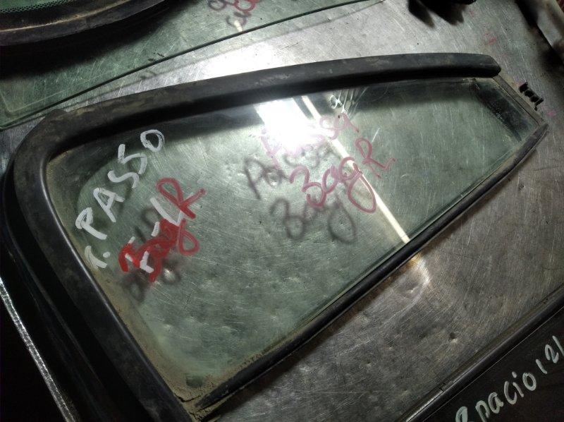 Форточка двери Toyota Passo KGC10 1KR-FE задняя правая