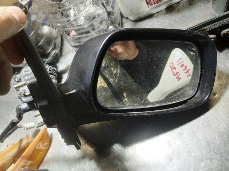 Зеркало Toyota Corolla NZE-121 1NZ-FE переднее правое
