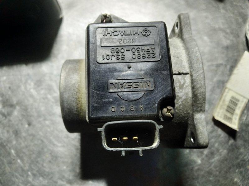 Датчик расхода воздуха Nissan Bluebird EU14 SR 20DE