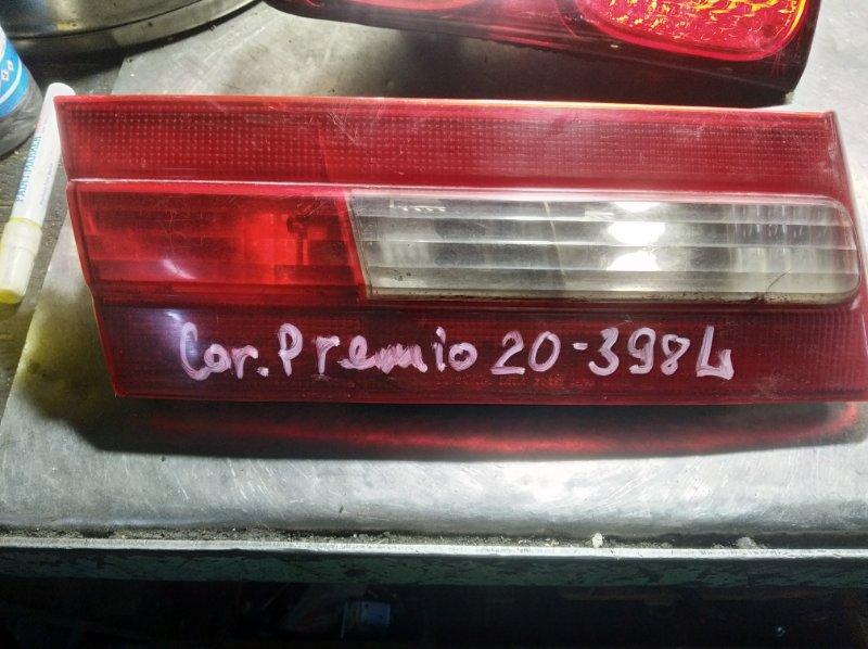 Вставка в крышку багажника Toyota Corona Premio AT211 7AFE задняя левая