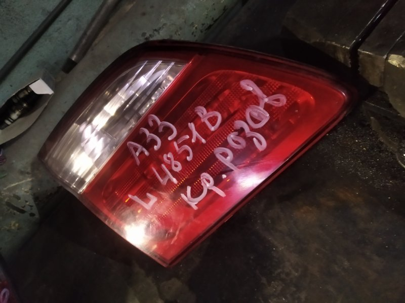 Вставка в крышку багажника Nissan Cefiro A33 VQ25DD задняя левая