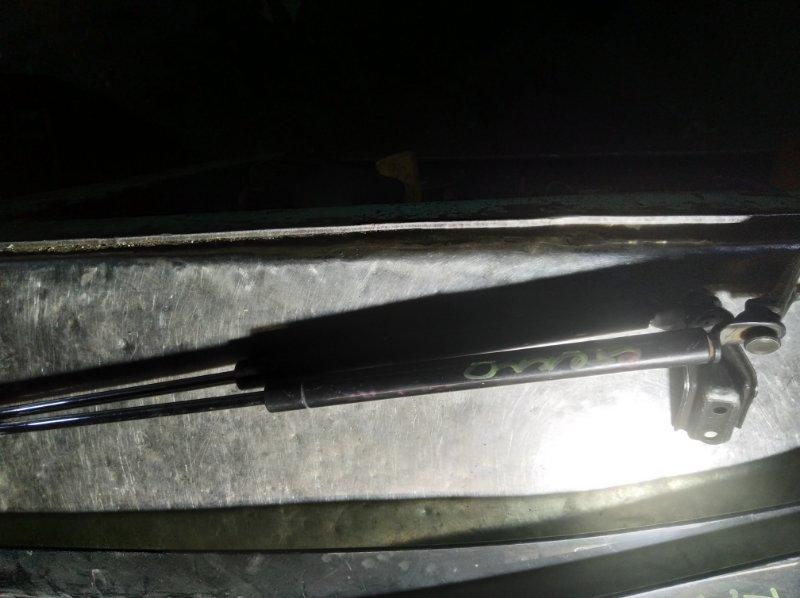 Амортизатор багажника Toyota Vista Ardeo SV50 3S-FSE