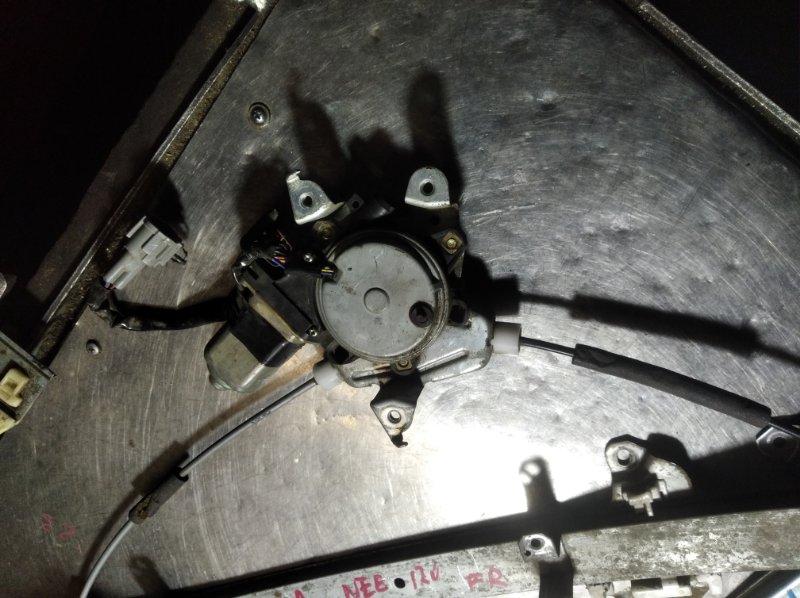 Мотор стеклоподъемника Nissan Bluebird Sylphy QG10 QG15DE передний правый
