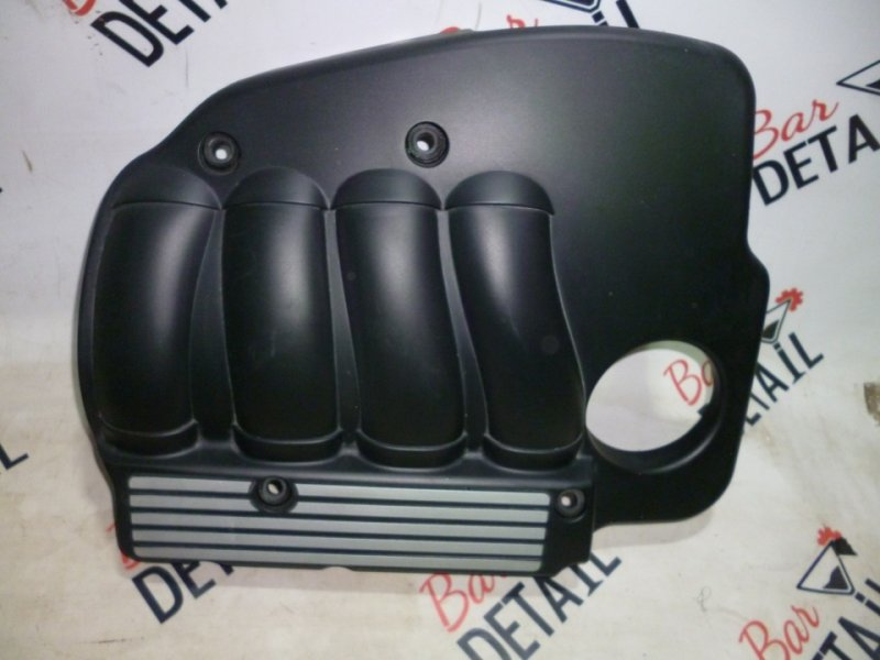 Декоративная крышка двс BMW кол N46B20 контр.