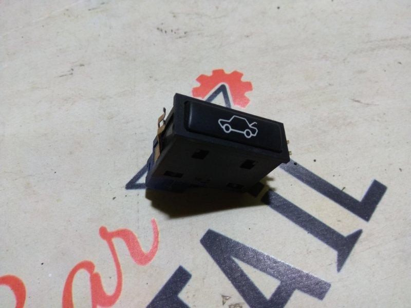 Кнопка открывания багажника BMW 5 E39 контр.