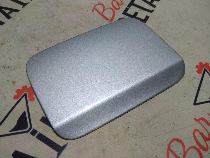 Лючок бензобака серебро BMW 3 E90, контр.