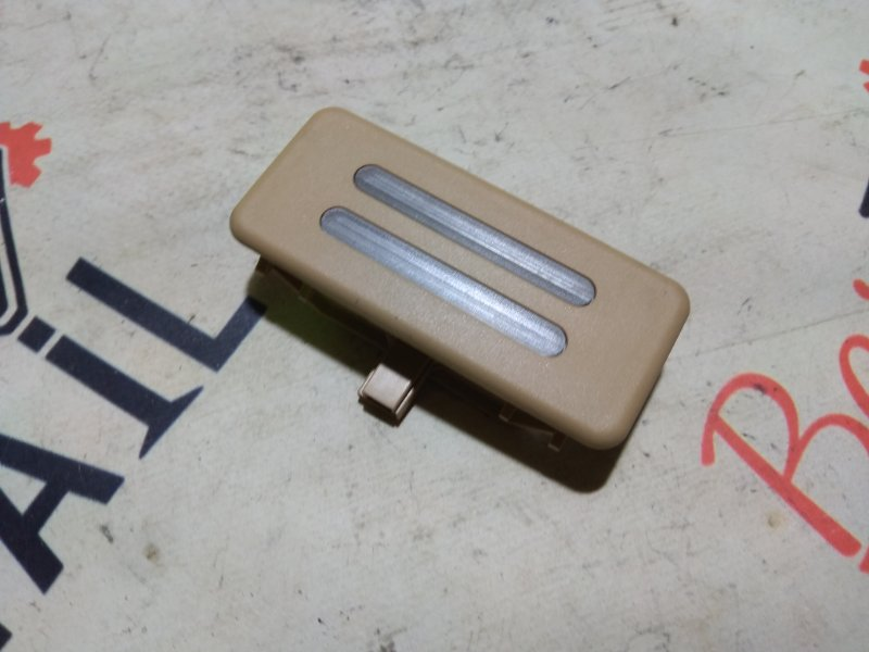 Плафон подсветки зеркал беж BMW 5 E39 контр.