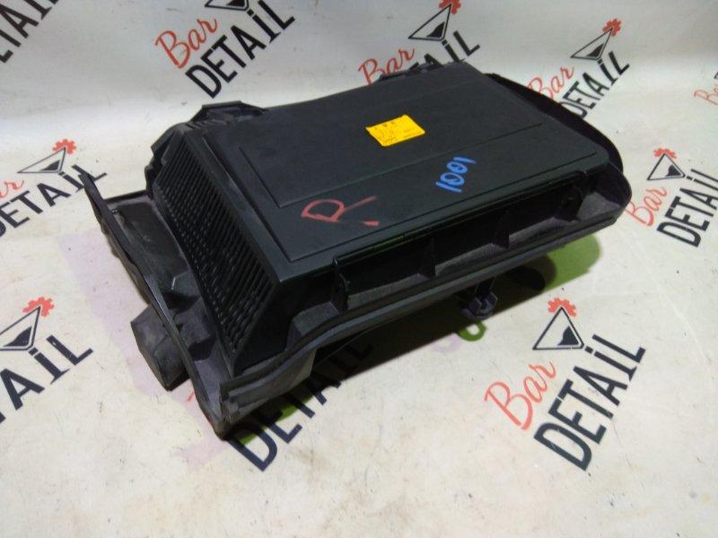 Корпус салонного фильтра правый BMW E39 контр.