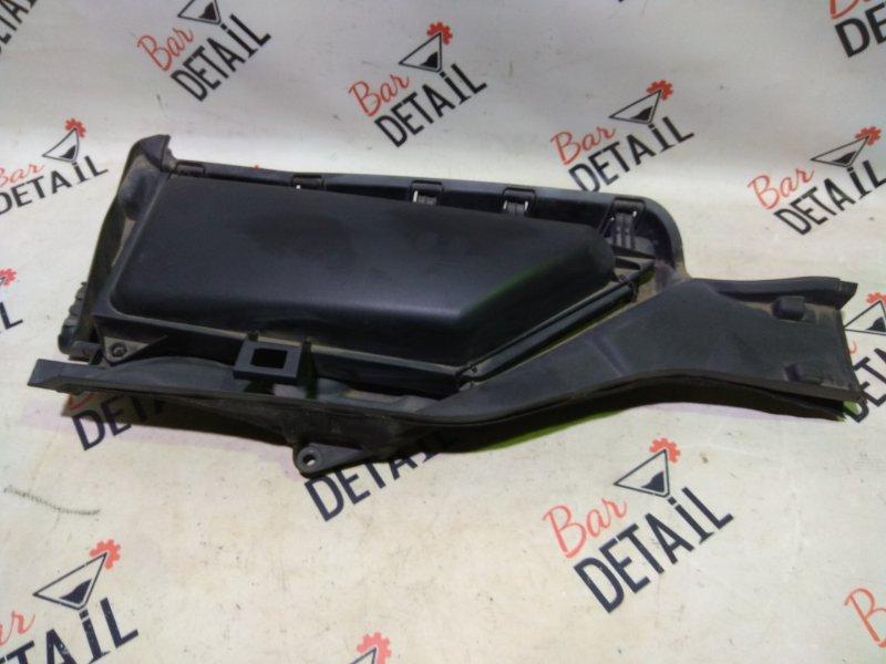 Корпус салонного фильтра Bmw 5 Серия E60 N62B44 2004 правый